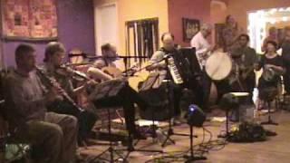 Zembekiko - Jim Stoynoff with Dromia & Shea Comfort
