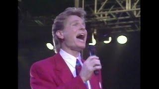 Joy to the World - Steve Green - Live