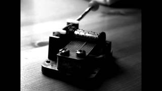 Tiara Dees (smartpoetic): The Lonely Music Box