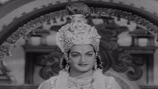 Sri Krishna Pandaveeyam || Rukmini Bit Video Song || N.T.R, K.R.Vijaya
