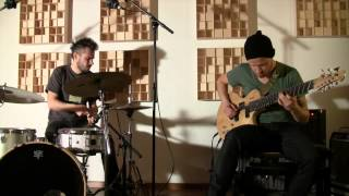 Chameleon - Cover of the great Herbie Hancock tune - 8-String-Guitar/Drums - Duo