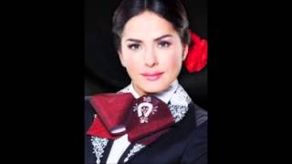 Danna Garcia El Jinete  Que bonito amor)