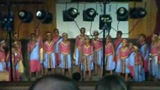 African Children's Choir - Here I Am To Worship.wmv