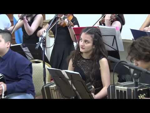 Orquesta Típica de Tango, dirección de Edgardo Dávila y Julio Díaz,