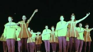 Karmon dancers with an Israeli dance (live in France, 1970)