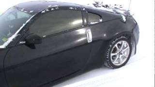 How does a 350z do in the snow?