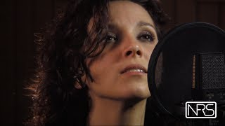 Massive Attack  -Teardrop  cover by Rossana Carraro Live in studio
