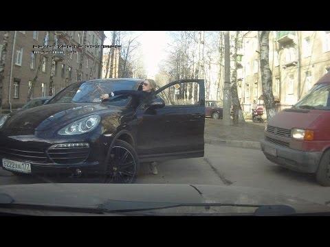 Przejazd osiedlowymi ulicami w Rosji
