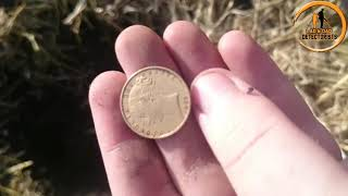 Gold Soverign find 1863 woop woop.....