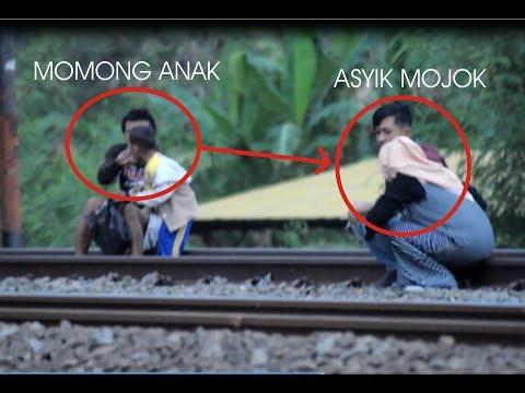 Download Video ABG Mojok Di Piggir Rel