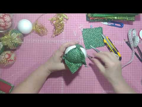 Como fazer Bolas de Natal de Tecido Personalizadas?