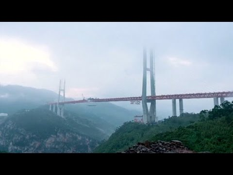 China opened the highest bridge in the world