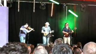 Adrian Edmondson and the Bad Shepherds - excerpt PIL Rise