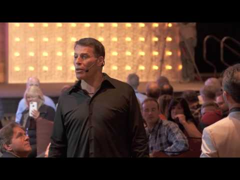 Would you buy your boss a Tesla? | Tony Robbins at Inc 5000