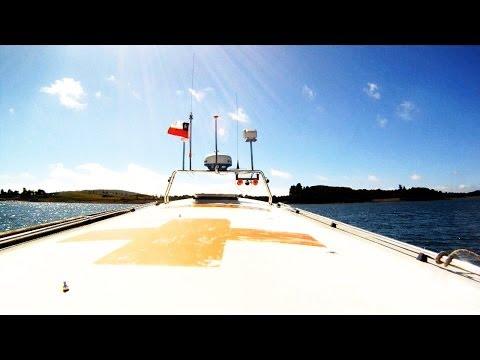#06 Library Boat in the Chiloé Archipelago – Living Atlas Chile
