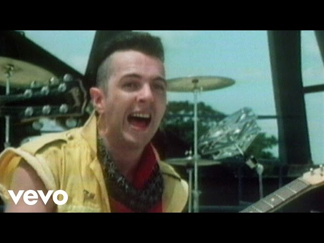 Video oficial de Rock the Casbah de The Clash