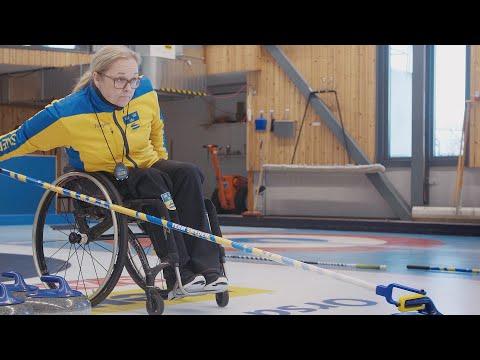 Landslaget i rullstolscurling lovordar Jönköpings curlingarena