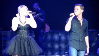 Scotty McCreery and Lauren Alaina When you say nothing at all - American Idol Live Jersey