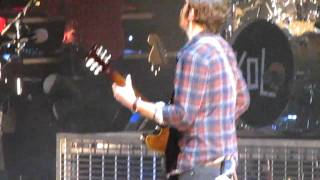 Kings Of Leon-Revelry (LIVE!)