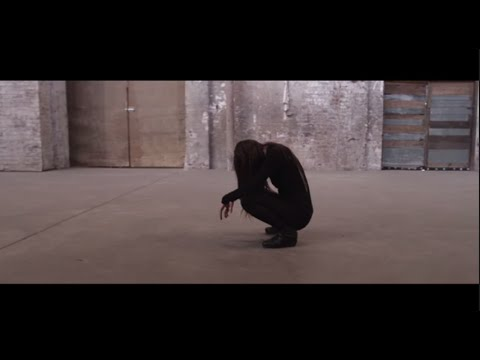 zola-jesus-hunger-official-video-zola-jesus