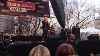 Olivia Holt- Fearless (LIVE)