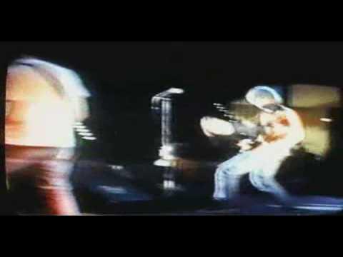 mudhoney-touch-me-im-sick-music-video-ehbigmuff