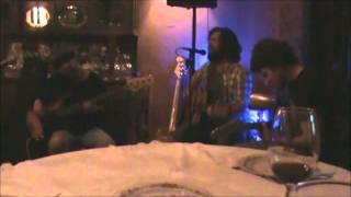 Gino Tunessi (feat. Juan Chain & Matias Rubilar) - Te Enterre en Estambul (en vivo)