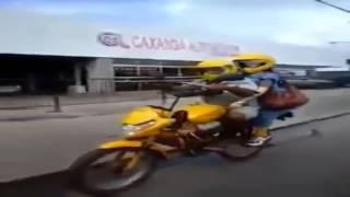 Vídeos engraçados do Whatsapp!   Tem uma moto na sua bicicleta!