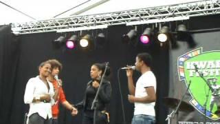 Luigiano Ordinary people Background Jermaine, Anastacia & Chy Kyria @ Kwakoefestifal 2009