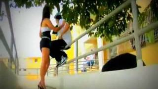 Farruko Ft Ñengo Flow - Cositas Raras (Official Video)
