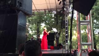 Eugenia León - Burbujas de Amor.
