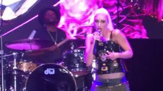 """Gwen Stefani - """"Baby Don't Lie"""" (Live in San Diego 7-9-16)"""