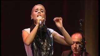 Rita Ruivo canta no Fado Triplicado o poema 'Noite de São João' de Linhares Barbosa