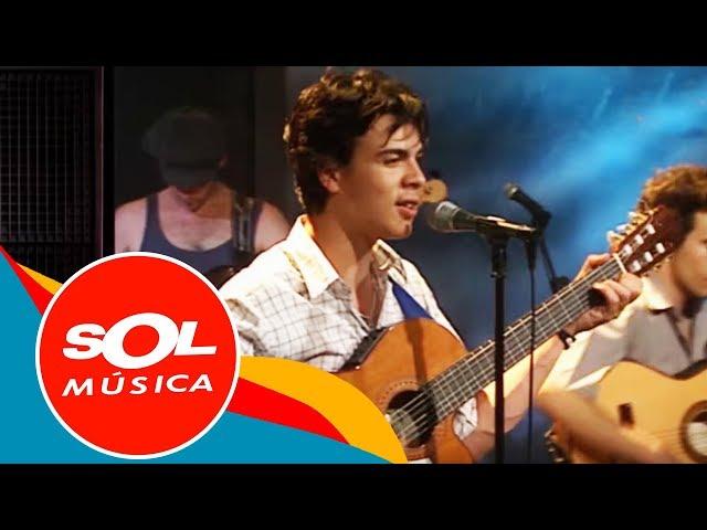 Vídeo de Los Delinqüentes interpretando la canción Aire de la calle