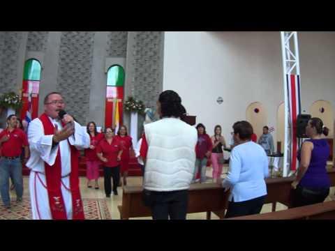 O Carnaval dentro da Casa de Deus continua: Bispos da Costa Rica proibem a Missa Romana Tridentina, mas veja o que eles permitem nas Igrejas