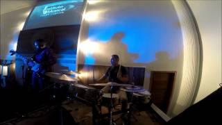 Deus Está no Controle - Sarah | Antonio Junior | Drum Cover