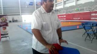 Padre Abraham Hernandez lopez trabajando duro