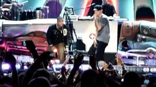 Drake ft. Eminem - Forever (Comerica Park 9-2-10) LIVE!!
