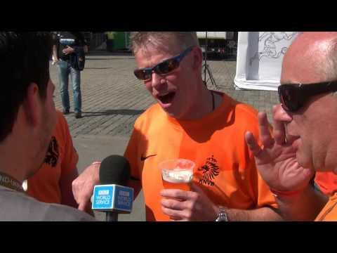 Holland Oranje fans in Fanzone Charkov / Charkiv / Kharkov / Kharkiv EK voetbal 2012 Oekraïne