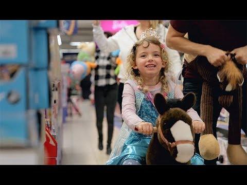 Allein im Spielzeugladen - ein Weihnachtserlebnis für Kinder mit seltenen Krankheiten