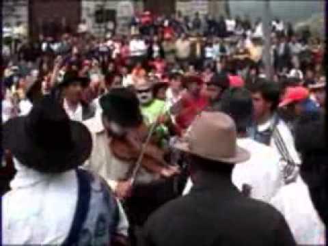 Atahualpa-Quito Ecuador – Fiestas de San Pedro 2 – 3.wmv