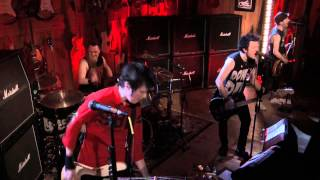 Sum 41 - Underclass Hero (Guitar Center Live)