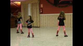 Cena Academia Fanny Blasco little lions, (Funky pekes)