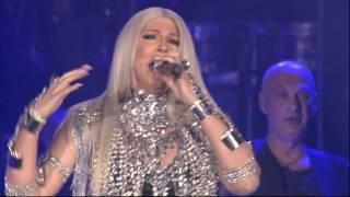 Sasa Matic i Jelena Karleusa - Ne smem da se zaljubim u tebe - (Live) - (Arena 08.03.2016.)