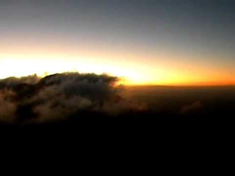 Amanecer desde el Volcán San Cristóbal