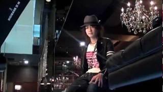 Romance Manato backstage Gravure