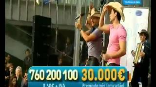 "LEO & LEANDRO Com Banda ""Amor carrapicho"" em V. N. de Gaia (Aqui Portugal RTP) Contacto"