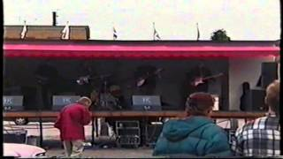 The MARVINGERS-Foot Tapper (live Kumla 2000)