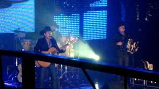 Costumbre.. Mientes.. Nuevo Sencillo Disco en Vivo.. 2011 Costumbre 11