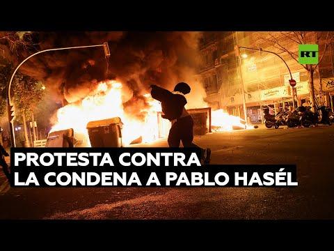 Estudiantes protestan en Barcelona contra la condena al rapero Pablo Hasél